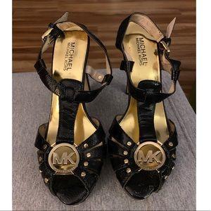 MICHAEL KORS black leather 8.5 open toe heels